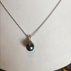 Nordstrom Jewelry - pearl necklace
